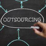 ¿Externalizar o no? El outsourcing de compras puede ser la alternativa