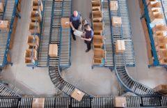 ¿Quién asume los costes de las operaciones de logística inversa?