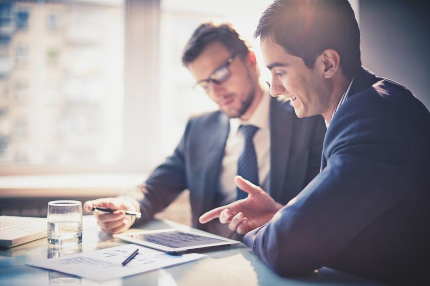 Colaborar con clientes y proveedores