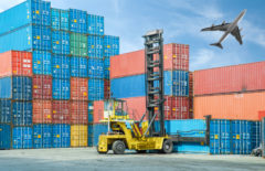 ¿En qué casos hay que contar con el transporte de contenedores marítimos?