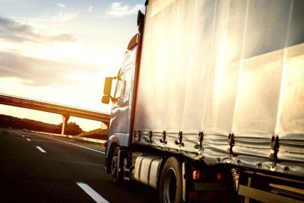 renting camiones