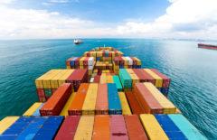 Diferencias entre contenedores aéreos y marítimos